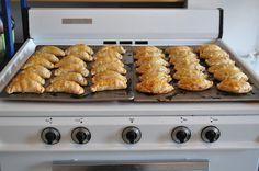 masa simple para empanadas (empanada dough)