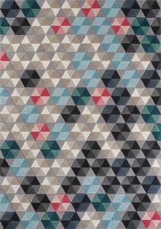 Colmena tapijt van Linie Design. Nieuwe aanwinst in onze huiskamer :-)