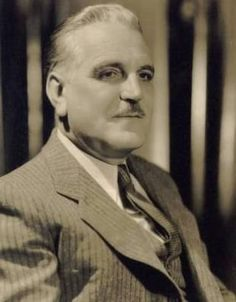 Frank Morgan - he was much more than just the Wizard of Oz (which he was awsome at too). Old Movie Stars, Classic Movie Stars, Classic Movies, Old Hollywood Stars, Golden Age Of Hollywood, Classic Hollywood, Vintage Hollywood, Frank Morgan, Wizard Of Oz Movie