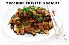 Bez Papriky: Cuketové nudle ala čína s krůtím masem