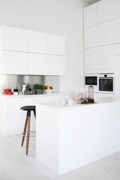 Loving this white kitchen
