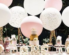 17 inches in diameter round balloons for Wedding centerpieces Baby Showers Quinces Sweet Sixteen Birthday Parties outdoor parties Jumbo Balloons, Round Balloons, Giant Balloons, Confetti Balloons, Latex Balloons, Glitter Balloons, Rose Gold Balloons, White Balloons, First Birthday Parties