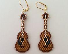 "Items similar to Handmade Beaded Earrings ""Guitars"" on Etsy Seed Bead Patterns, Beaded Jewelry Patterns, Embroidery Jewelry, Beading Patterns, Seed Bead Earrings, Beaded Earrings, Diy Jewelry Unique, Handmade Beads, Earrings Handmade"