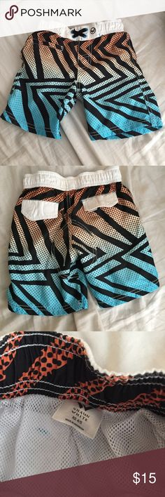 Target x Shaun White Boys Board Shorts size XS 4-5 Target x Shaun White Boys Board Shorts size XS 4-5.  Used but in good condition (see pics - note some pilling).  No trades as only wanting to sell. Target x Shaun White Swim Swim Trunks