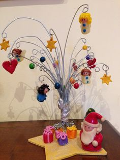 christmas - santa clause - gifts- fimo tree