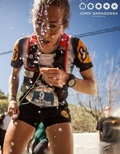 The Catalonian ultrarunner Nuria Picas cooling off after a full-blown hot race in Transgrancanaria 2014.