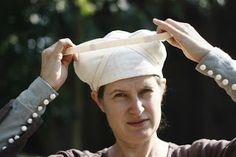 Medieval Silkwork: A c. 1400 variety of the Birgitta cap by Margje Wessels