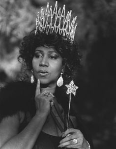 Aretha Franklin (1942) - American singer and musician. Photo by Bruce Weber for American Vogue.