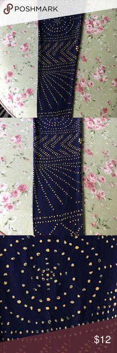 Lularoe leggings 🌹💕🌹 Butter soft and cool pattern with navy background 💞💞💞 LuLaRoe Pants Leggings