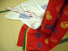 kurenai momiji 紅紅葉 scarlet maple page http://kakitutei.gozaru.jp/kyoto08may/murasaki/syozoku/tamakazura.html