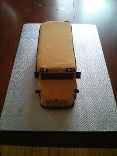 autobus scolaire Suitcase, Funny Food, Meet, Meals, Hilarious, Suitcases