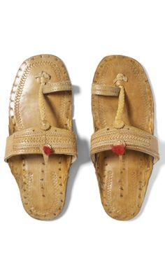 I had a pair of these in the 70's.  Mine were a dark brown color. We soaked them in water first (with them on our feet) before wearing for the first time.  Perfect fit!