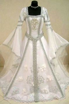 Silver medieval wedding dress victorian gothic larp m-l-xxl 12-14-16 wicca robe