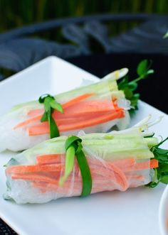 The Cilantropist: Fresh Spring Rolls with Spicy Carrot Sauce