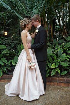Prom Pose Wedding Pose Ballgown dress bouquet tuxedo picture pose couples pose