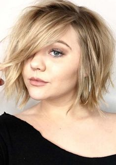 Famous Short Shaggy Haircuts with Long Bangs for Women to Try Now - All For New Hairstyles Modern Bob Hairstyles, Short Shaggy Haircuts, Bob Hairstyles For Thick, Bob Hairstyles For Fine Hair, Hairstyles Haircuts, Short Choppy Bobs, Short Shaggy Bob, Blonde Haircuts, Layered Haircuts