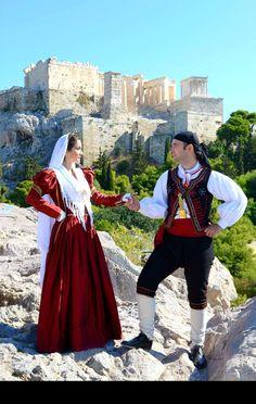 """""""Λευκάδος και πάσης Ελλάδος""""Φωτογράφιση σε τοπόσημα των Αθηνών(Ακρόπολη) με παραδοσιακές φορεσιές της Λευκάδας. Καλλιτεχνική επιμέλεια-παραγωγή:Πέτρος Μήτσου(εθνομουσικολόγος-χοροδιδάσκαλος) Folk Costume, Dance Costumes, Greece, Ruffle Blouse, Hipster, Traditional, Islands, Tops, Women"""