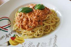 Nudeln in leichter, sämiger Thunfisch-Tomaten-Käse Sauce, ein tolles Rezept aus der Kategorie Schnell und einfach. Bewertungen: 1.187. Durchschnitt: Ø 4,4.