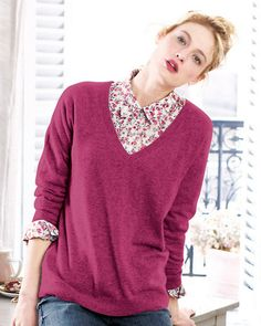 Boyfriend V-Neck Cashmere Sweater in wild berry..... yummy!