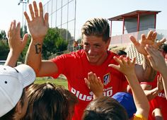 """""""FOTOGALERÍAS. Visita de los jugadores al Campus de la Fundación"""" (Foto: Alexander Marín /  Atlético de Madrid. Published: 10 Juilo 2015)"""