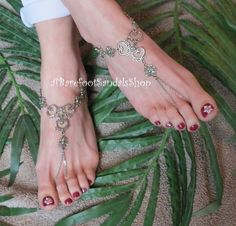 Beach Wedding Barefoot Sandals 1 Left 1 Right Wedding Sandal Shoes Foot Body Jewelry Ankle Bracelet Triple Heart Wedding Anklet Toe Chain by ABarefootSandalsShop on Etsy #summer #spring #wedding #heart #ankle #toe #chain #foot #jewelry #set #sized #pair #footless #cute #comfy