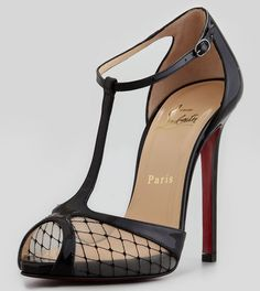Christian Louboutin Sexy Lagoula T Strap New Size Black Pumps. Get the must-have pumps of this season! These Christian Louboutin Sexy Lagoula T Strap New Size Black Pumps are a top 10 member favorite on Tradesy. Save on yours before they're sold out! Christian Louboutin Outlet, Stilettos, Cute Shoes, Me Too Shoes, Trendy Shoes, Casual Shoes, Pointed Toe Pumps, Peep Toe, New Yorker Stil