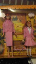 Knitting Pretty Barbie & Skipper reproduction set