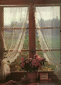 58 new ideas for crochet lace curtains pattern window treatments - Home. - 58 new ideas for crochet lace curtains pattern window treatments - Cozy Cottage, Cottage Living, Cottage Style, Romantic Cottage, Romantic Homes, Shabby Cottage, Cottage Homes, Crochet Curtains, Lace Curtains