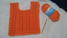 Crochet Girls, Diy Crochet, Crochet Baby, Black Crochet Dress, Crochet Poncho, Crochet Shorts Pattern, Baby Vest, Baby Sweaters, Crochet Flowers