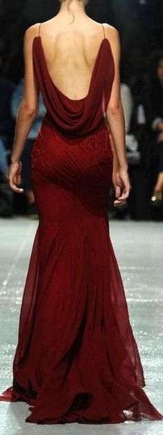 Options options. Red dress for a wedding... Zac Posen http://anniecanale.tumblr.com/ http://anniecanales.com http://www.pinterest.com/anniecanales1/ Red Weddings - Aisle Perfect