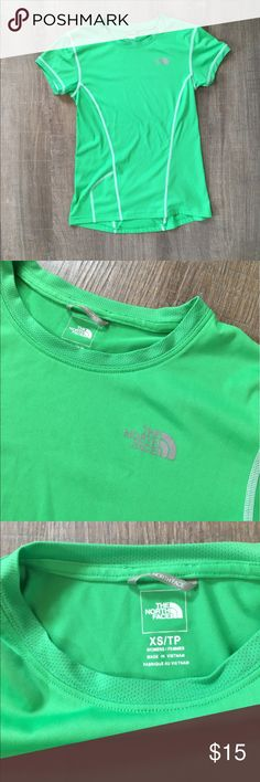 North Face Tee Size Women's XS  The North Face lightweight tshirt  Pocket on back. North Face Tops Tees - Short Sleeve