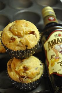 Amarula and chocolate muffins Chocolate Muffins, Parfait, Menu, Baking, Cooking Ideas, Breakfast, Recipes, Food, Snacks