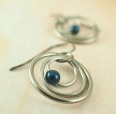 My Three Hoops Petite Earrings Kit or Ready Made - Niobium and Stainless Steel – Unkamen Supplies