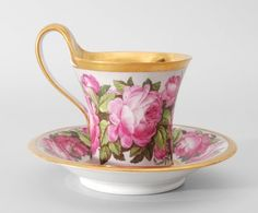 Tea Cup Set, My Cup Of Tea, Cup And Saucer Set, Tea Cup Saucer, Pink Coffee Cups, Turkish Coffee Cups, Pink Cups, Chocolate Cafe, Calla Lilies