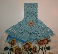 Crocheted Pointed Handle Towel Topper- free pattern