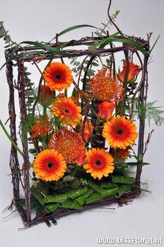 floral art | flower arrangement in a frame
