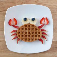 Desayuno para niños Breakfast for children Cute Snacks, Cute Food, Good Food, Yummy Food, Kid Snacks, Fun Snacks For Kids, Party Snacks, Breakfast For Kids, Best Breakfast
