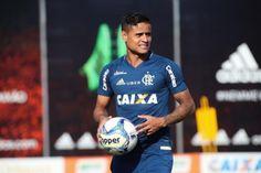 Everton exalta grupo do Flamengo e afirma: 'Não é hora de ser poupado'