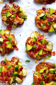 Loaded Smashed Red Potatoes | gimmesomeoven.com #gameday #appetizer #comfort