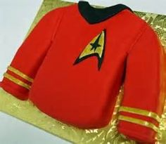 Red Star Trek uniform cake