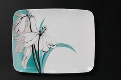 Cliquer pour fermer Painted Plates, Hand Painted Ceramics, Ceramic Plates, Ceramic Pottery, Pottery Painting, Ceramic Painting, Ceramic Art, Tumblr Pattern, Plate Design