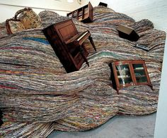 David Mach: installation made out of magazines