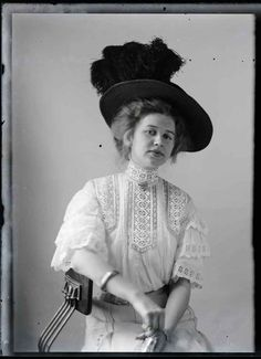 The-Photographed-Woman-Rare-portraits-from-Rural-America-in-1909-Hugh-Mangum