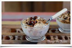 Délicieuses petites mousses à la noisette Caramel, Acai Bowl, Cereal, Exactement, Breakfast, Desserts, Food, Whipped Cream, Drizzle Cake