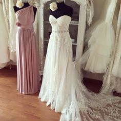 Wedding Dresses, Wedding Gown,Pleated Sweetheart Lace Appliques Beach