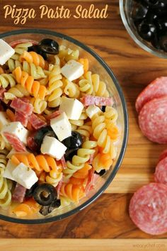 Pizza Pasta Salad - An easy lunch box or potluck recipe!