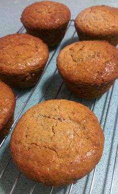 Cinnamon breakfast muffins. Atkins induction friendly! Sugar free and gluten/grain free Nutrition info for 1 muffin of 12 Calories: 247 Fat: 21g Carb: 3g Fibre: 3.5g Protein: 10g