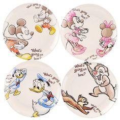 Mickey & Friends Icon Melamine Plate Set Disney Dishes, Disney Mugs, Disney Diy, Cute Disney, Disney Kitchen, Disney Dining, Cozinha Do Mickey Mouse, Pottery Painting Designs, Disney Pajamas