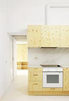 ARQUITECTURA-G finaliza la obra de una vivienda de 34 m2 ubicada en el Born, Barcelona.