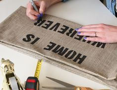 This DIY tutorial will give you step-by-step instructions to making the most adorable (and custom!) quote pillows around! Choose a quote of your liking and stencil it on any type of plain pillow cover Burlap Pillows, Sewing Pillows, Decorative Throw Pillows, Homemade Gifts, Diy Gifts, Homemade Products, Diy Craft Projects, Sewing Projects, Sewing Ideas